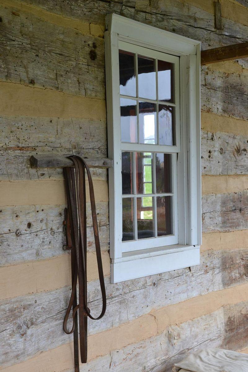 1820 window