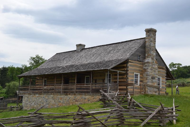 1820 house